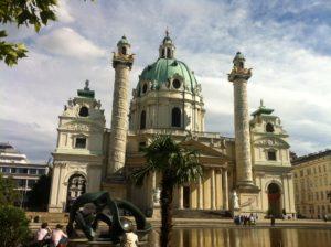 Österreich bietet viele interessante Sehenswürdigkeiten. Besonders die Bundeshauptstadt Wien begeistert.