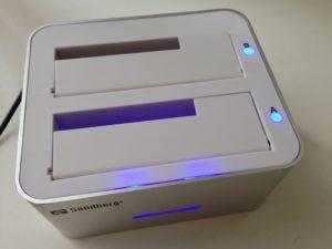 Eine Dockingstation, wie der USB 3.0 Hard Disk Cloner von Sandberg, ergänzt den internen Speicher der MacBooks durch die Verwendung beliebiger Festplatten
