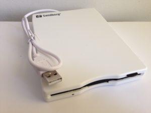 Das Sandberg USB-Floppy Laufwerk