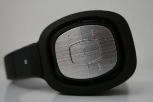 Sandberg Bluetooth Stereo Headset Pro kann zahlreiche Funktionen von Mobilgeräten steuern